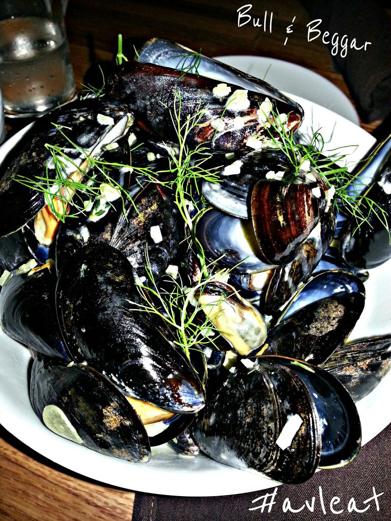 bull and beggar asheville restaurant mussels